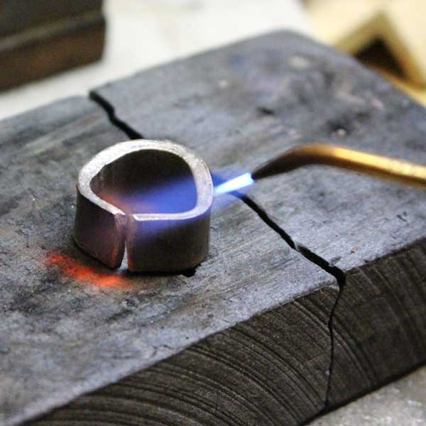 Soldering a recycled gold ring