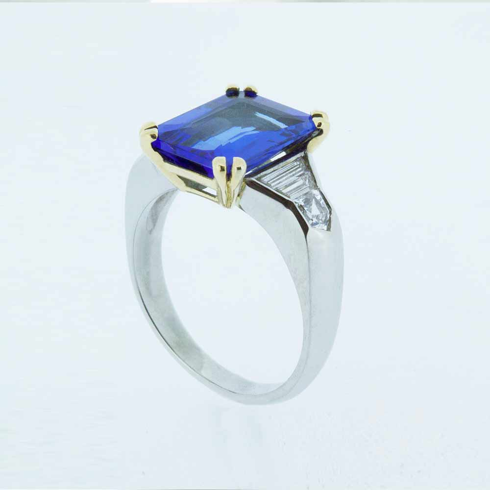 Square sapphire solitaire ring
